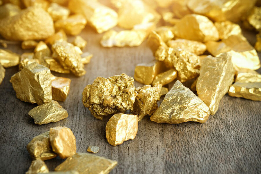 gold on table